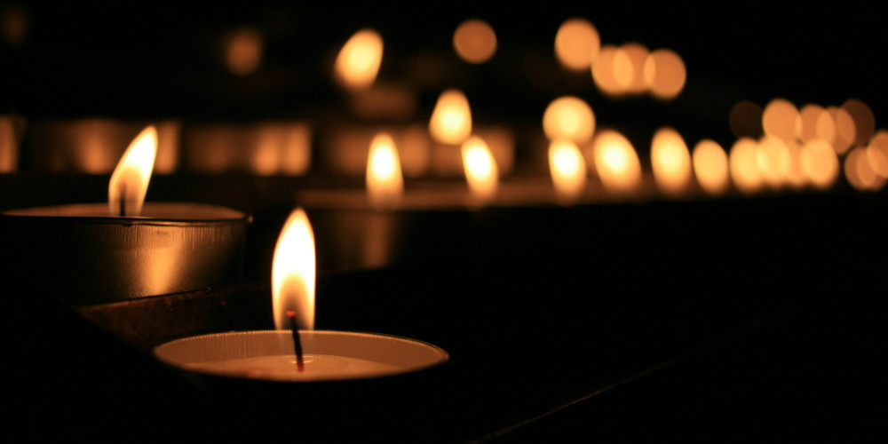 533134-candles